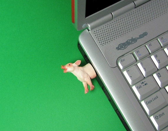 Pig USB Flash Drive - Piglet
