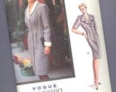 Vogue, no. 7689, from 1990 --- size 12-14-16 --- UNCUT