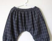 Toddler pants.  Bouffant checkered knicker pants
