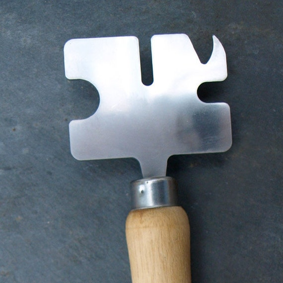 beadspanner - a lampworking tool. FHF - UK - SRA