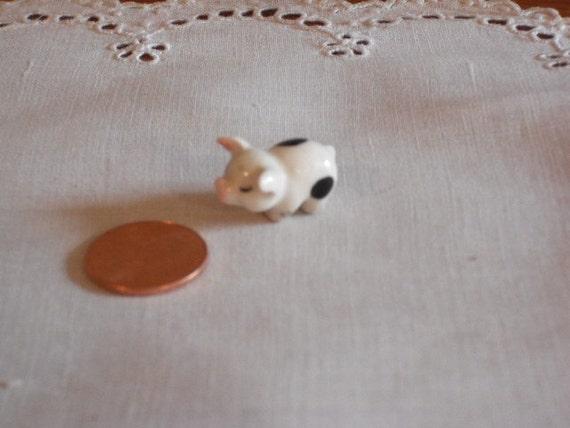 Miniature Figurine - Little Pig - Hagen Renaker- porcelain