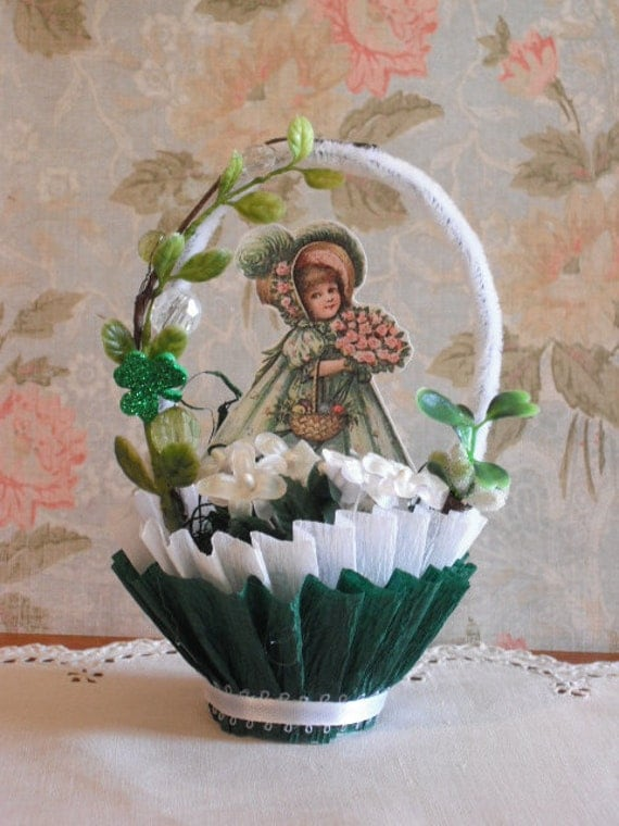 ST. PATRICK'S DAY - vintage style candy cup - table decor- party favor