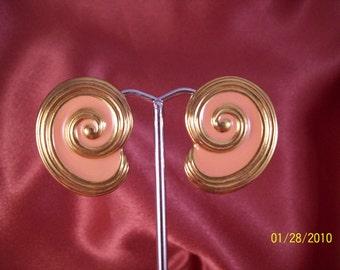 CLEARANCE-Vintage Peach Swirl Earrings