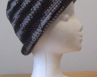 Hat - Crochet Hat in Stripes of a Mix of Grey and Black