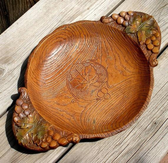 Vintage MULTI PRODUCTS Rustic Grape Leaf Cast Plastic Wood Grain Bowl, Platter or Serving Tray