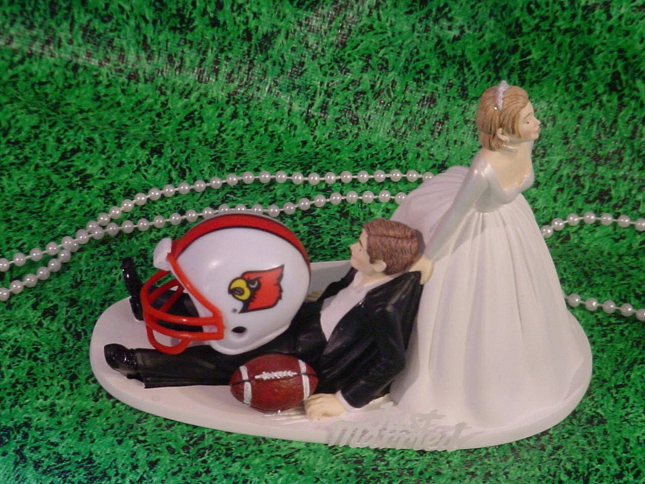 wedding cake toppers louisville ky college football of louisville cardinals anxious 26527