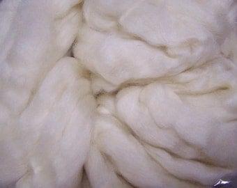 Blue Face Leicester Wool, BFL Wool, BFL Roving, Wool Roving, Spinning Wool, Felting Wool, Natural Wool Roving - Ecru - 8oz