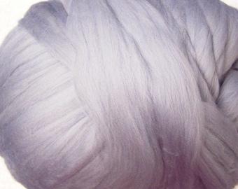 Merino Roving, Merino Wool Roving, Felting Wool, Roving Merino Wool - Glacier - 8oz