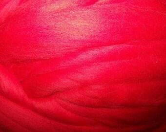Roving Merino Wool, Wool Roving, Felting Wool, Spinning Wool, Red Wool  - Tomato - 8oz