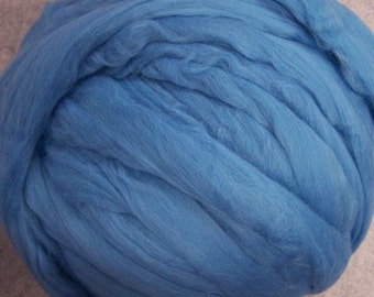 Wool Roving, Merino Roving, Merino Wool Roving, Felting Wool, Spinning Wool, Roving - Aqua 8oz