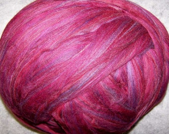 Merino Roving, Wool Roving, Merino Wool Roving, Felting Wool, Spinning Wool - Cranberry - 8oz