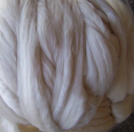 Panda Roving - SW Merino wool-bamboo-nylon - ecru - 8oz