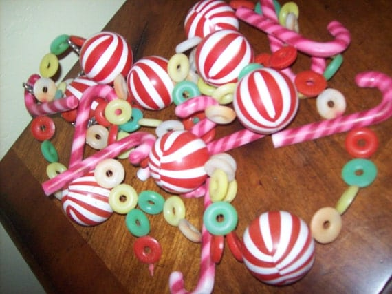 Plastic Candy Garland Over 100 Inches Vintage Christmas Decoration