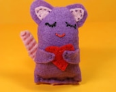 Catnip Cat Toy - Purple Mouse Hugging Heart