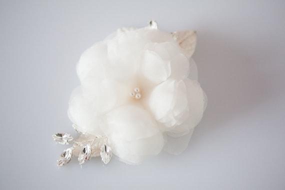 Wedding Hair Accessory, Bridal Hair comb, Crystal Headpiece, Silk Flower Hair comb - Soft Petals