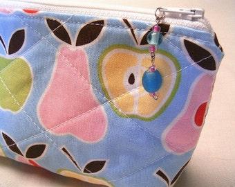 Zipper Bag Cosmetic, Camera, Gadget Baq  Glass Beads Zipper Pull  Handmade by SEW FUN QUILTS