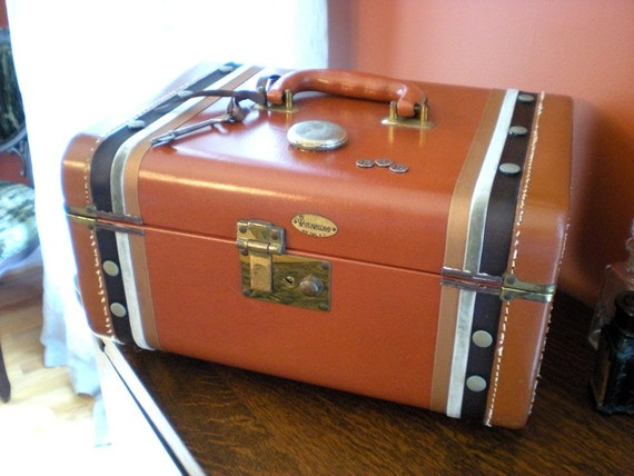 A Vintage Leather Train or Travel Case for a Lady or Gent
