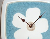 wall clock - White Flower on Blue Stoneware Plate Wall Clock (8 inches) No. 789