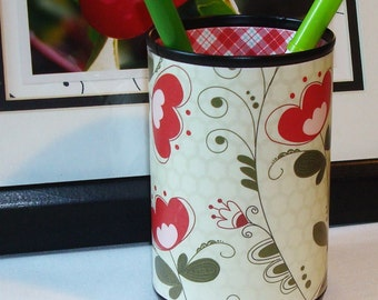 Red Floral Pencil Holder - Pencil Cup - Red and Green Desk Accessories - Red Plaid Green Pencil Can - 497