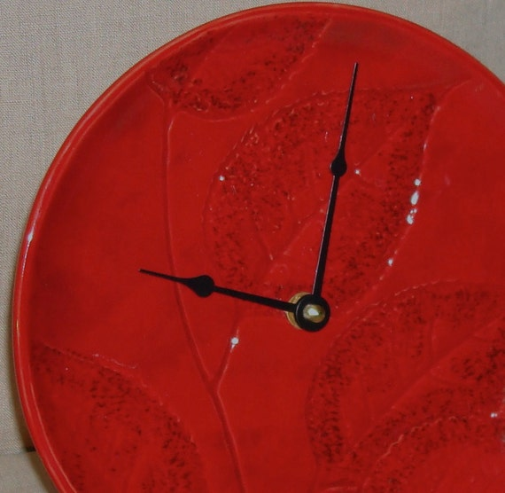 Deep Red with Leaf Imprint Ceramic Plate Wall Clock No. 742 (8-1/4 inches)