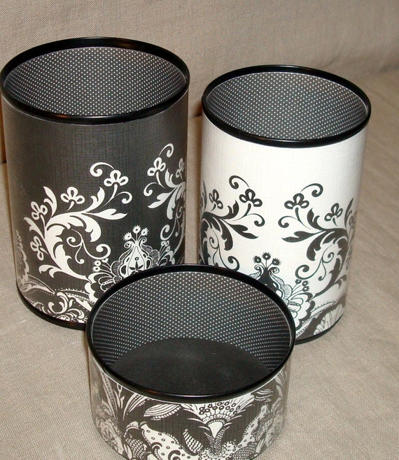 Desk Accessories Office Organizer - Black and White Ornate Floral Pencil Holder Set No. 134