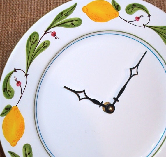 Wall Clock - Lemon Plate Wall Clock No. 863 (10-3/4 inches)