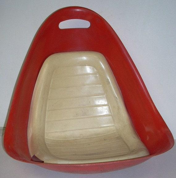 Mid century egg shell fiberglass tip n rok rock chair - Fiberglass egg chair ...