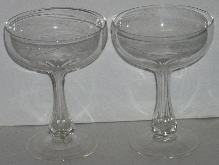 2 hollow stem champagne glasses panel cut - Champagne flutes hollow stem ...
