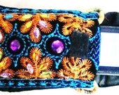 Varanasi Style for your i pod or Cell in BOLLYWOOD iPhone 3G, iPod-Touch, BlackBerry, MP3, Sleeve - Padded