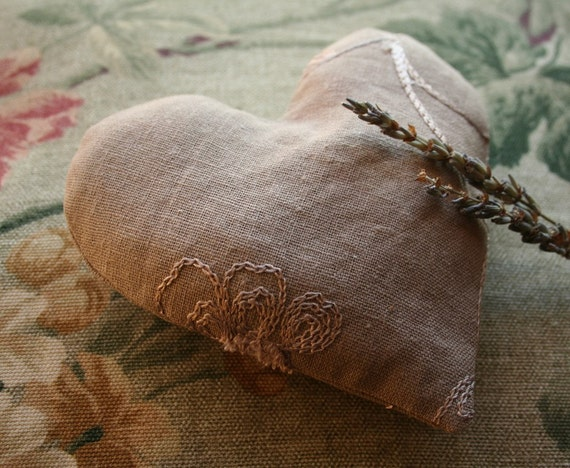 Lavender Heart Sachet Valentines day Dream pillow natural linen eco-friendly soothing relaxing recycled