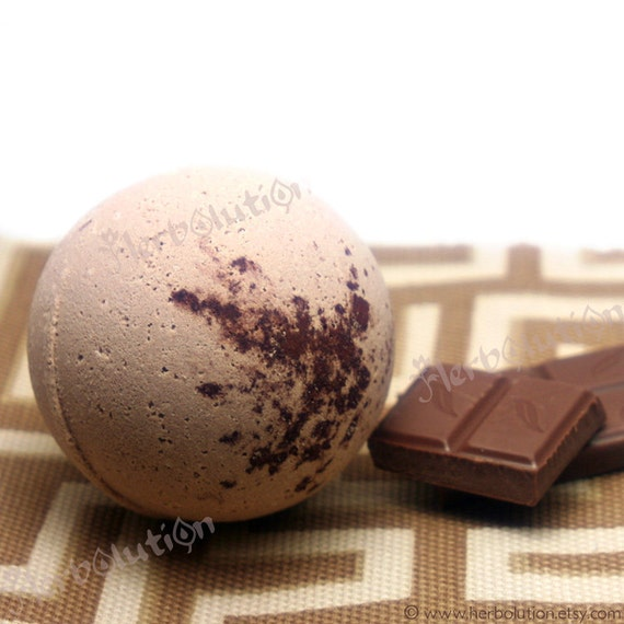Chocolate Temptation Bath bomb Fizzy VEGAN and Earth friendly natural aroma no synthetic
