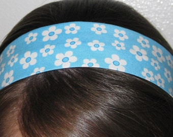 Light Blue w/ White Flowers - Stay Put Headband