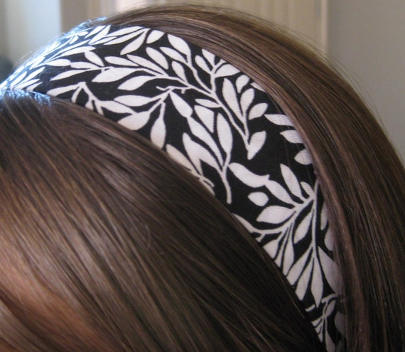 Black and White Stay Put Headband