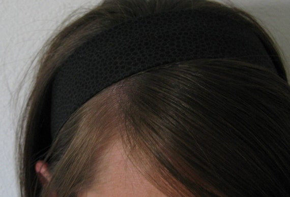Black Dots on Black Stay In Place Headband