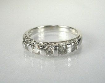 Vintage Diamond Wedding Ring - 0.75 Carats