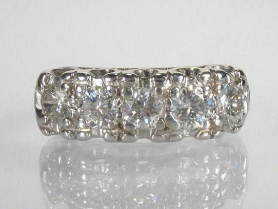 Stunning Vintage Diamond Wedding Ring - 0.90 Carats - Appraisal Included