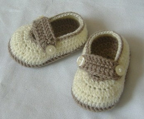 Crochet Baby Shoes for 3 to 6 months old/4 inch/10 cm/Free