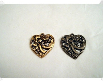 Heart Metal Charms/Set of 2/Craft Supplies*