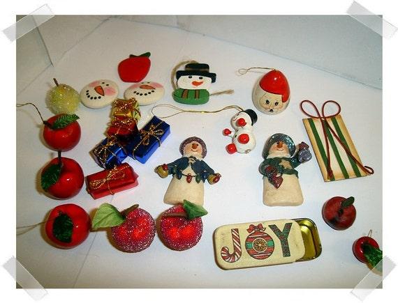 Christmas Assorted Craft Lot- Embellishments / Craft Supplies*