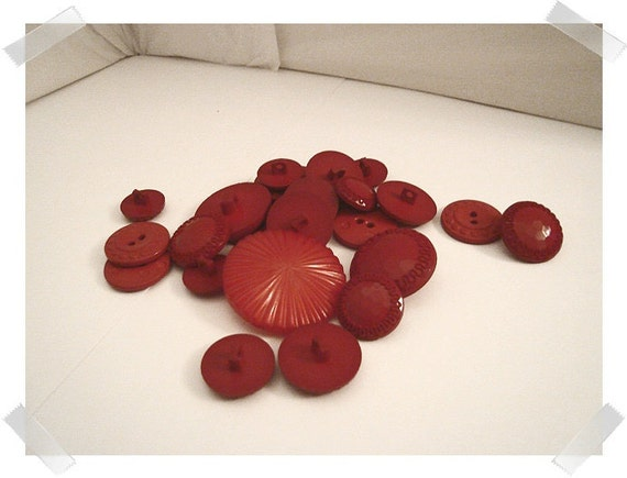 Rich Red Color Buttons/Assorted/ 2 & 4 holes/ Shanks/Craft Supplies/(#015)*