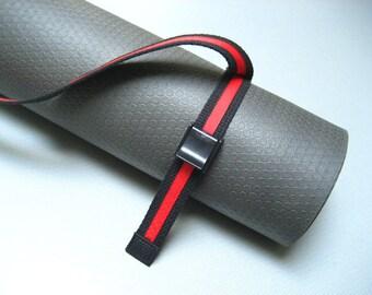 Unisex Strap a Mat YOGA MAT SLING Tote & Yoga Strap in Black Webbing w/ Red Trim