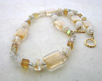 Beaded Necklace in Gold and White Glass Beads
