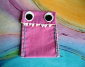 Mini Monster iPod Case --- Pinky