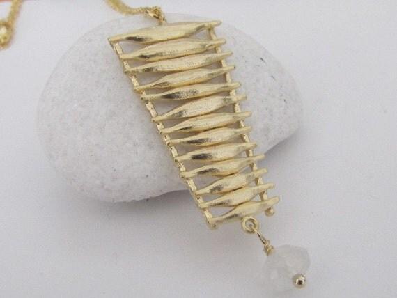 Nefertiti Necklace in gold (N59)
