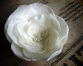 Handmade IVORY or WHITE FLOWER HAIR CLIP - Olivia