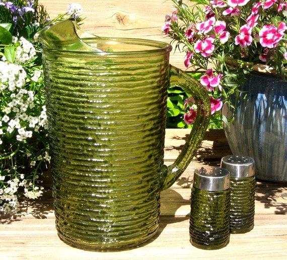Green Soreno Pitcher and Shakers set, textured glass, Anchor Hocking 2 quart
