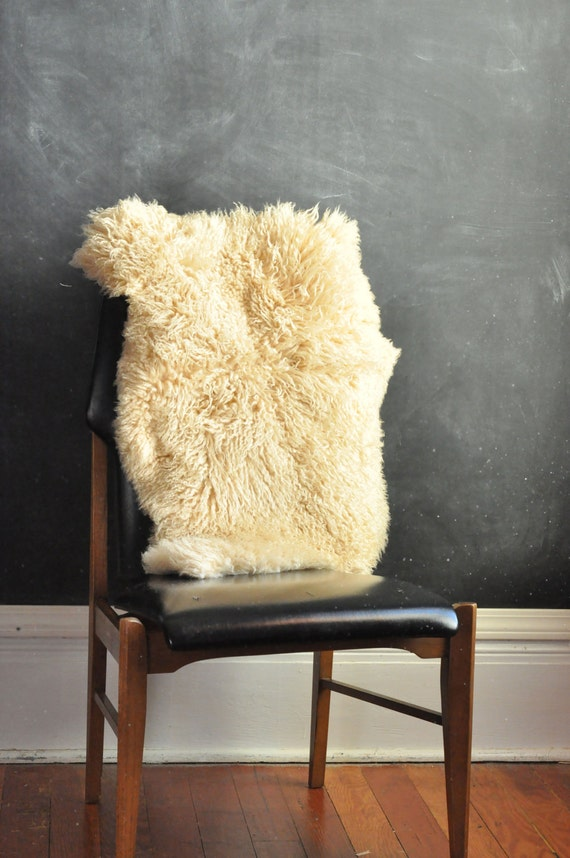 Vintage Sheepskin New Zeland LambSkin Rug