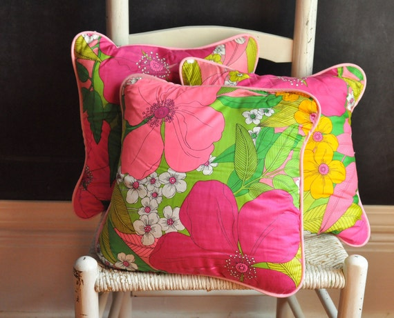 Vintage Set of 3 Floral Pillows Neon Psychedelia Pink Garden Delight
