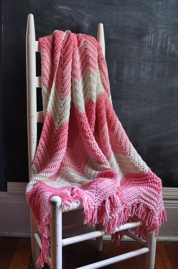 Vintage Afghan Blanket Beautiful Pink Zig Zags