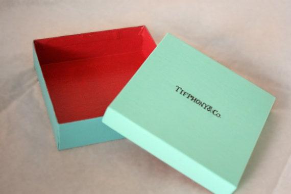 "Tifphoney Luxury ""Gift"" Box"
